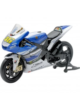 New Ray Full scal 1:12 Yamaha Racing Team 2013 Valentino Rossi